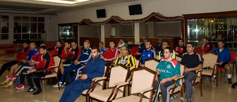 30 Trainer kamen nach Sharjah - Nasser (Kuwait) hatte die weiteste Anreise