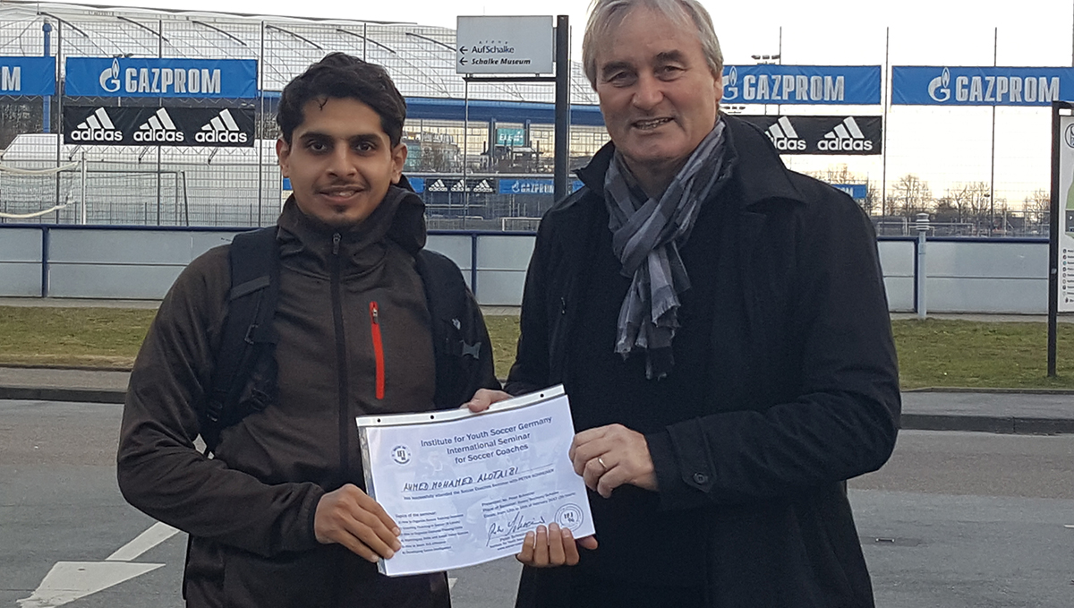 Ahmed Alotaibi receives the Certificate for the 5-days-seminar with Peter Schreiner