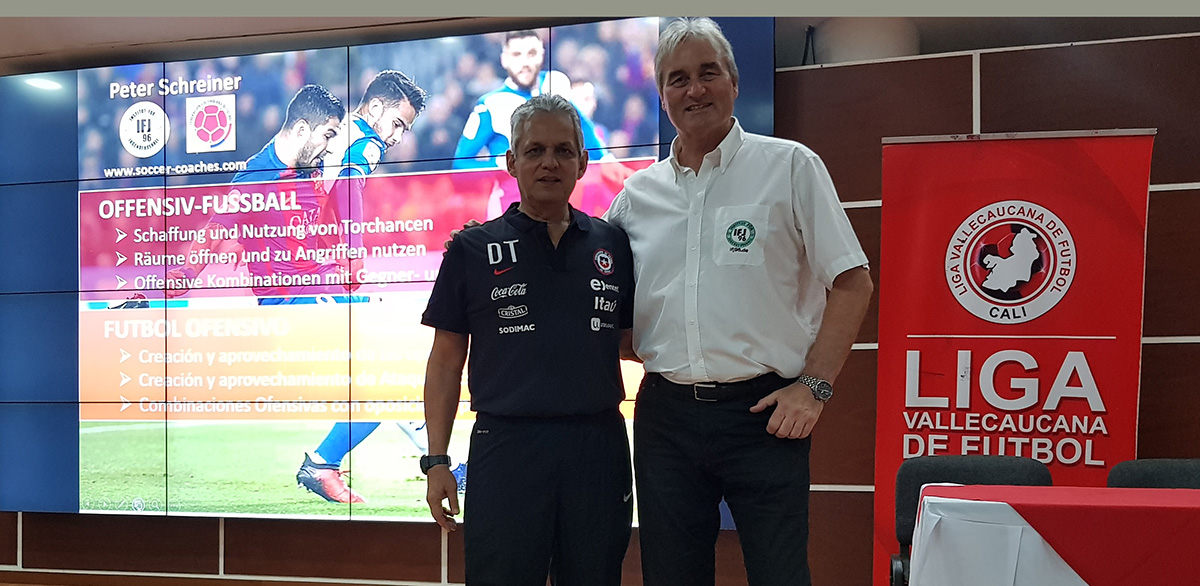 Reinaldo Rueda (National Coach of Chile) invited Peter Schreiner to hold 4 Seminars in Columbia.