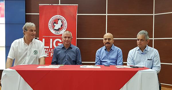 v.r.: Reinaldo Ruelda, Hernando Angel, Dr. Carlos Eduardo Vargas und Peter Schreiner