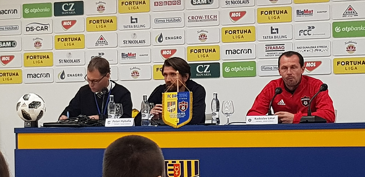 Peter Hyballa here in the press conference after the game against Spartak.